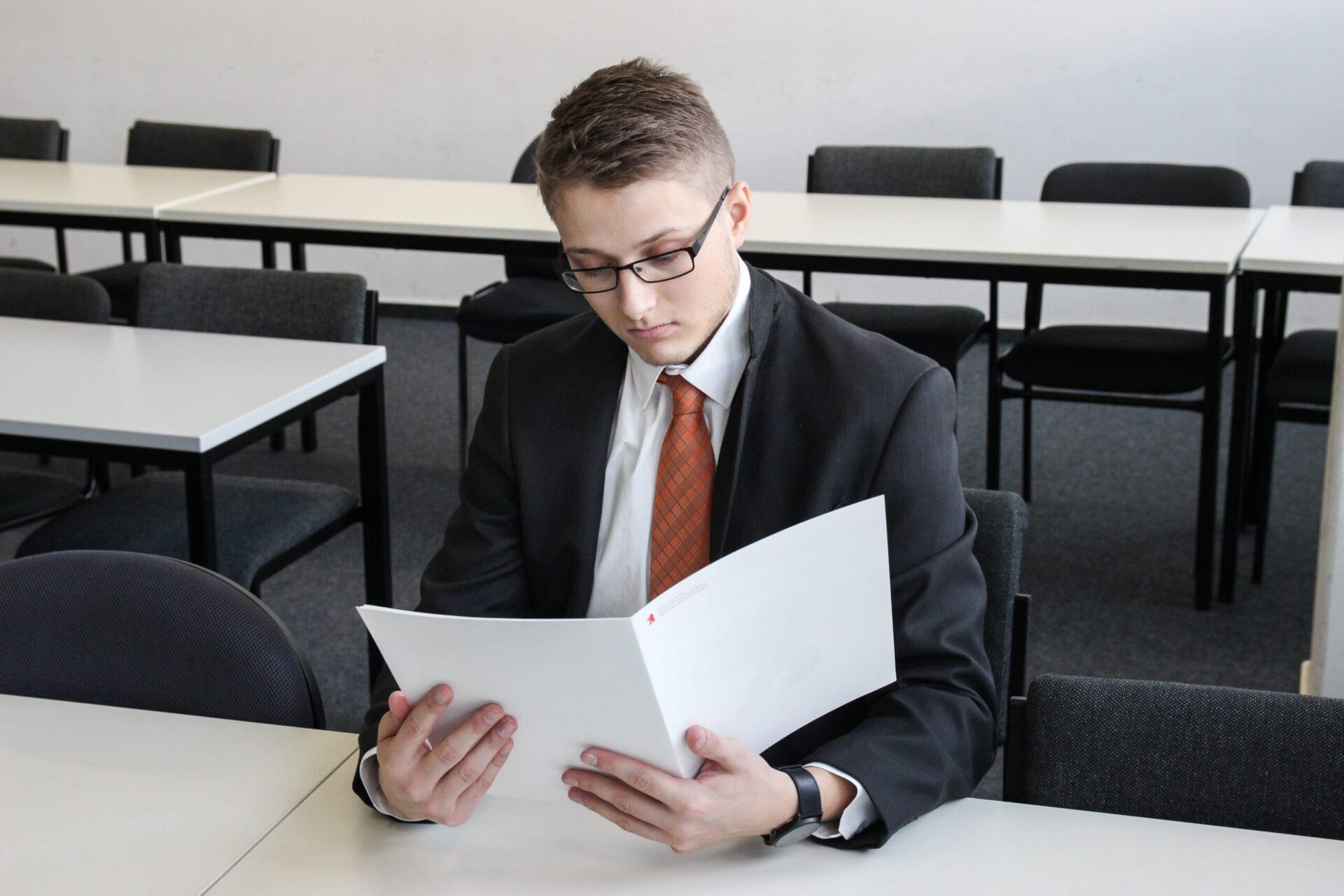 Ecco come sarà l'esame di maturità: nessuna prova scritta e un lungo esame orale a partire da un elaborato concordato