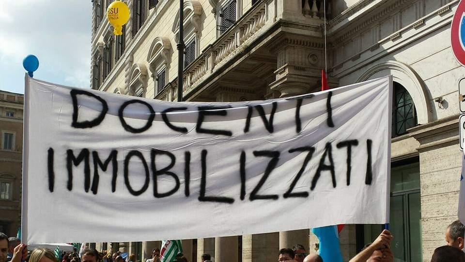 «Cattedre negate!», è l'urlo dei docenti immobilizzati siciliani