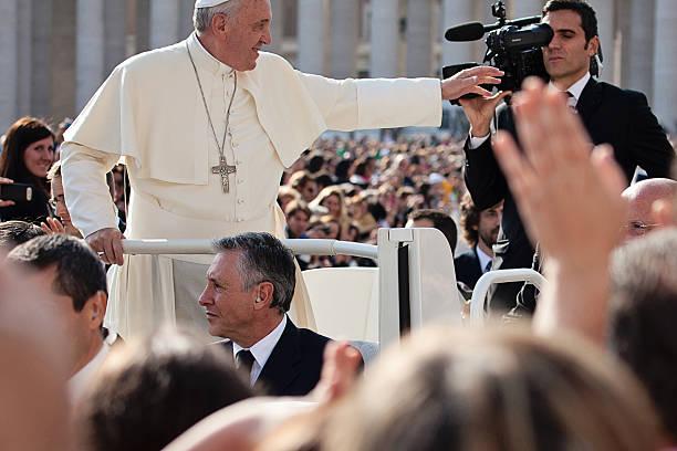 Docenti, donne, madri e lavoratrici lontane da casa, invitate da Papa Francesco, domenica 20 giugno a Roma per l'Angelus