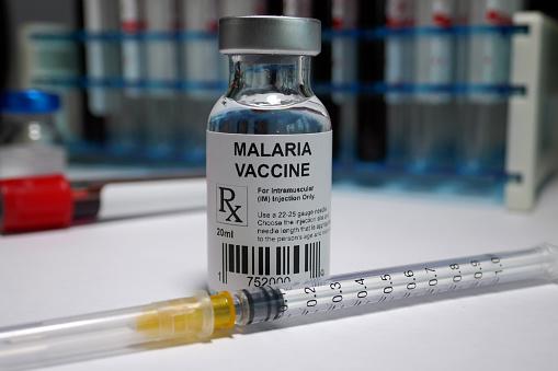È una svolta epocale, è il sogno che si avvera: finalmente esiste un vaccino per la malaria
